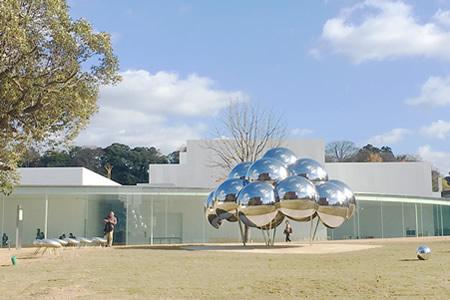 金沢21世紀美術館 パビリオン「まる」